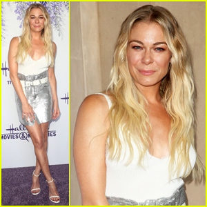 LeAnn Rimes Set To Star in Hallmark Christmas Special, Embark on 2018 Holiday Tour - See The Dates!