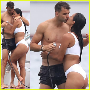 Nicole Scherzinger & Grigor Dimitrov Pack on the PDA During Saint-Tropez Vacation!