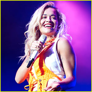 Rita Ora Performs at Day 1 of Henley Festival 2018!