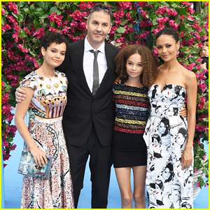 Thandie Newton Supports Hubby Ol Parker with Daughters at 'Mamma Mia! Here We Go Again' World Premiere!