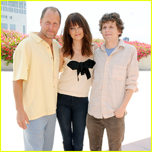 Emma Stone, Woody Harrelson, Jesse Eisenberg & More Reuniting for 'Zombieland 2'!