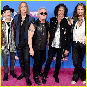 Aerosmith Hits MTV VMAs 2018 Red Carpet Ahead of Performance