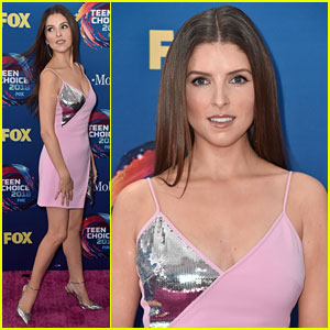 Anna Kendrick Tells Ryan Reynolds to 'Stay In Your Lane' after Teen Choice Award Win - Watch Now!