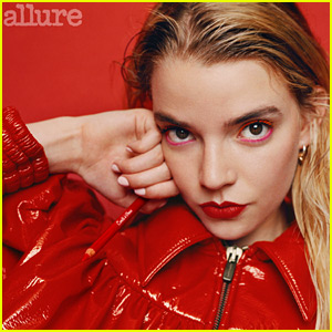 Anya Taylor-Joy Reveals the Moment She Felt She Was 'Officially an Actress'
