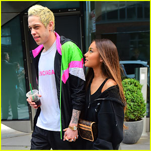 Ariana Grande & Fiance Pete Davidson Hold Hands While Heading to VMAs Rehearsal