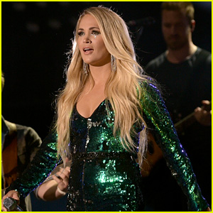 Carrie Underwood Performs at CMA Fest 2018 Before Pregnancy Announcement