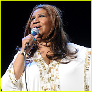 Celebrities React to Aretha Franklin's Death - Read the Tweets