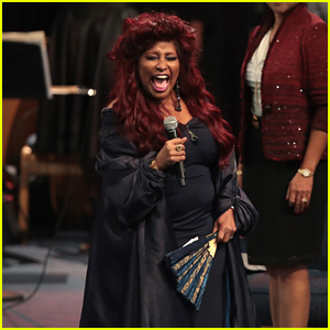 Chaka Khan Performs 'Goin' Up Yonder' at Aretha Franklin's Funeral - Watch