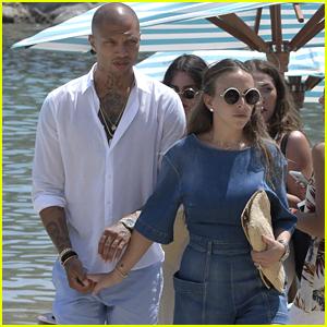 'Hot Felon' Jeremy Meeks & Chloe Green Hold Hands on Vacation in Mykonos!