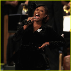 Jennifer Hudson Sings 'Amazing Grace' at Aretha Franklin's Funeral - Watch Now