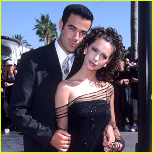 Jennifer Love Hewitt Looks Back at Her VMAs Moment from 20 Years Ago!
