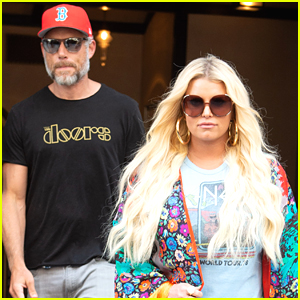 Jessica Simpson Heads to Business Meeting with Eric Johnson!