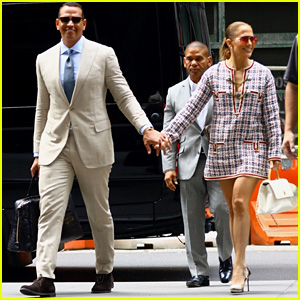 Jennifer Lopez & Alex Rodriguez Look Sharp While Stepping Out After a Meeting in NYC!