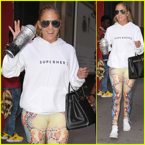 Jennifer Lopez Gets in a Late Night Rehearsal in NYC!