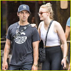 Joe Jonas & Sophie Turner Get Caught in a NYC Rainstorm