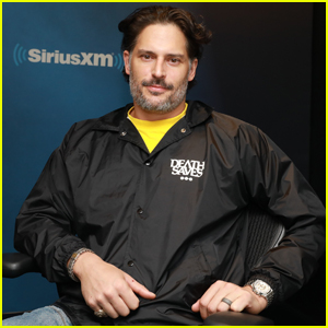 Joe Manganiello Says Wife Sofia Vergara Has No Time for His Dungeons & Dragons Group