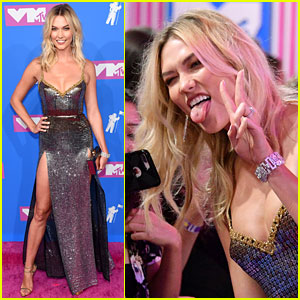 Karlie Kloss Shimmers in High-Slit Dress at MTV VMAs 2018