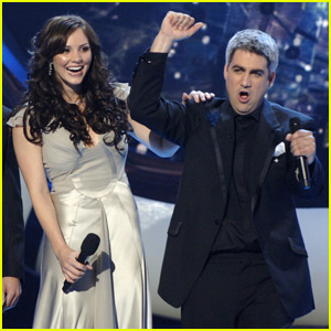 Katharine McPhee Shades 2006 'Idol' Winner Taylor Hicks in Epic Tweet