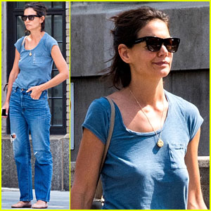 Katie Holmes Keeps It Casual While Picking Up Food To-Go