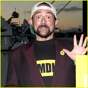 Kevin Smith Shows Off 51 Pound Weight Loss - See the Pic!