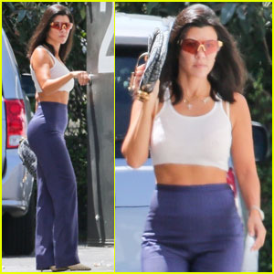 Kourtney Kardashian Spends the Day at a Dodgers Game!