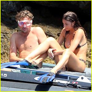 Leonardo DiCaprio & Girlfriend Camila Morrone Go Snorkeling on Italian Vacation Together!