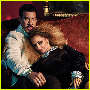 Lionel & Nicole Richie Pose For a Father-Daughter Portrait