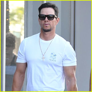 Mark Wahlberg Looks So Buff While Stepping Out in Beverly Hills!