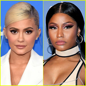 Nicki Minaj Reacts to That Video of Kylie Jenner Changing Direction on the VMAs Red Carpet