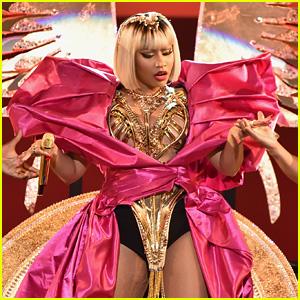 Nicki Minaj Performs a Rap Medley at MTV VMAs 2018 (Video)