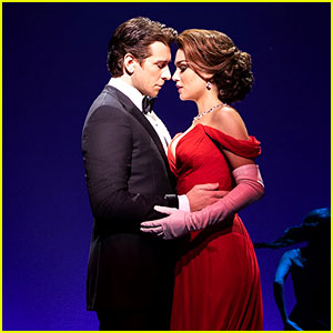 Check Out 'Pretty Woman' on Broadway Production Photos!