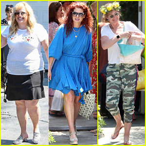 Rebel Wilson, Debra Messing, & Allison Janney Hang Out at the Day of Indulgence