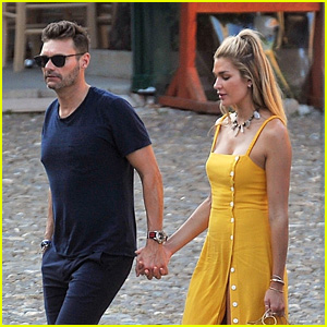Ryan Seacrest & Girlfriend Shayna Taylor Pack on the PDA Together in Italy!