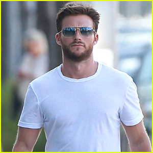Scott Eastwood Looks Handsome at Lunch in Beverly Hills