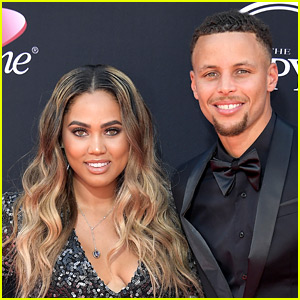 Steph & Ayesha Curry Gave His Sister the Most Epic Wedding Present