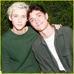 Troye Sivan & Jacob Bixenman Couple Up at Vince Men's Fall Collection Celebration!