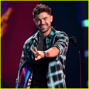 Zac Efron Cuts His Hair, Shows Off New Look at Teen Choice Awards 2018!