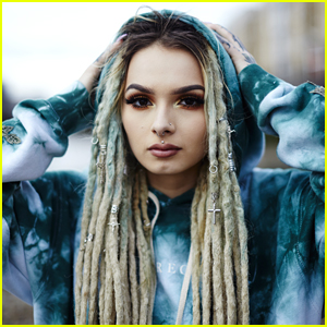 'The Four' Star Zhavia Debuts Music Video for 'Deep Down' - Watch!