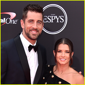 Aaron Rodgers' Girlfriend Danica Patrick Reacts to His Amazing Packers Win on Sunday Night Football!