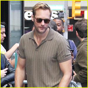 Alexander Skarsgard 'Stalked' Director Jeremy Saulnier for 'Hold the Dark' Role!