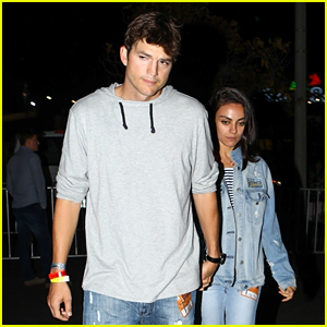 Ashton Kutcher & Mila Kunis Check Out the 'On the Run II' Tour!