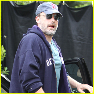 Ben Affleck Kicks Off His Day With a Workout!