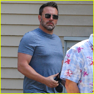 Ben Affleck Emerges From Rehab to Get a Haircut