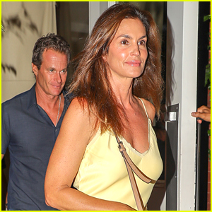 Cindy Crawford & Rande Gerber Step Out on Romantic Date Night