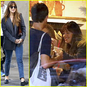 Dakota Johnson Shops with Friends in New York