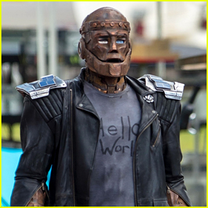 Robotman Films on 'Doom Patrol' Set in More First Look Photos!