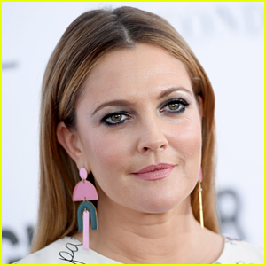 Drew Barrymore Gets Candid About Past Drug Use & How Cocaine Is Her 'Worst Nightmare Right Now'