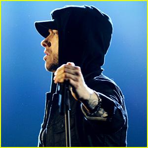 Eminem Scores Ninth No. 1 Album With 'Kamikaze' on Billboard 200!
