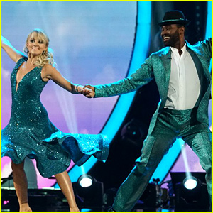 Evanna Lynch Dancing With The Stars on Foxtrot Dance Moves