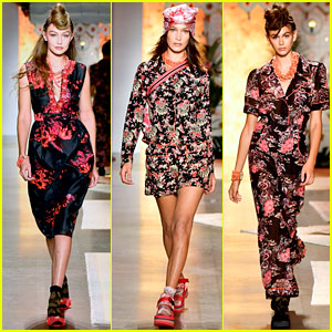Gigi Hadid, Bella Hadid, & Kaia Gerber Keep It Fresh in Floral for Anna Sui's NYFW Show